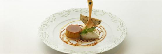 岩戸さんのかぼちゃプリンと芦田さんのサニーショコラのアイス 新倉さんのミントを添えて