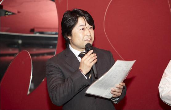 佐藤友洋氏